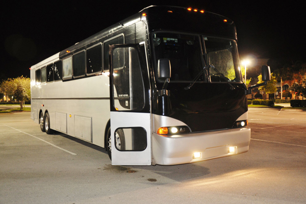 Large Party Bus Orlando