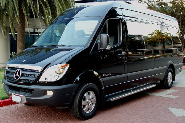 Sprinter Van In Orlando 12 Passengers
